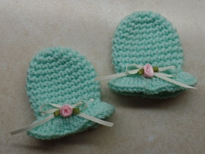 How To #Crochet Easy Newborn Scratch Mittens #TUTORIAL #297