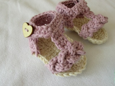 How to crochet pretty baby summer sandals. shoes