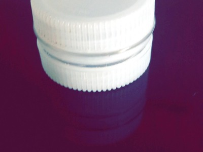 DIY: Bottle Cap Container