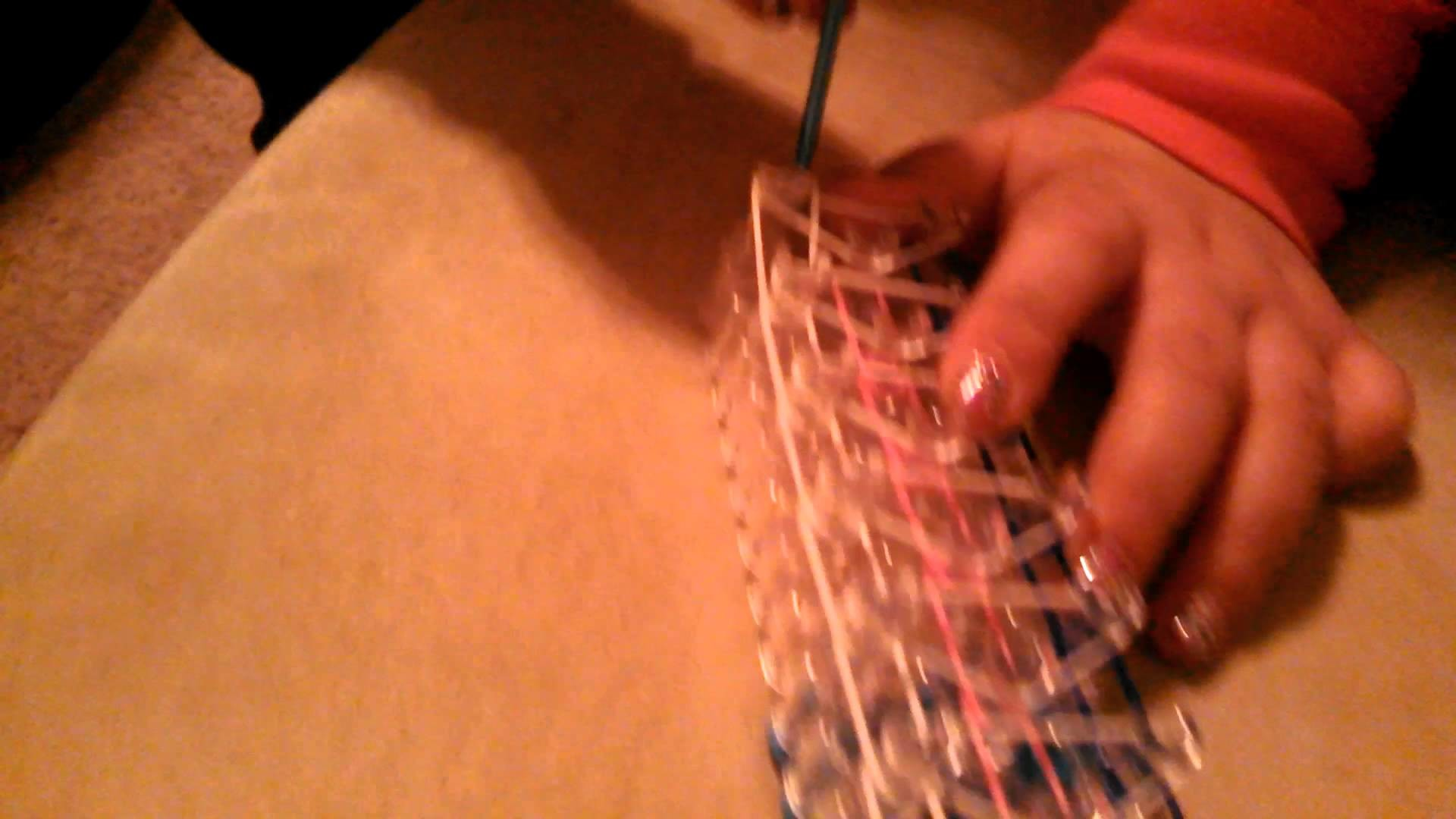 Tutorial for rainbow loom bracelet by Alexis