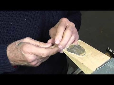 Claw setting for hinged ring pt 1
