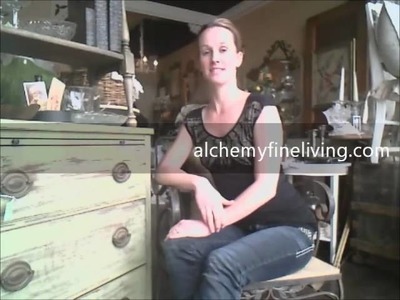 How to paint & distress furniture