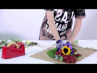 How to arrange a Mini Flower Bouquet