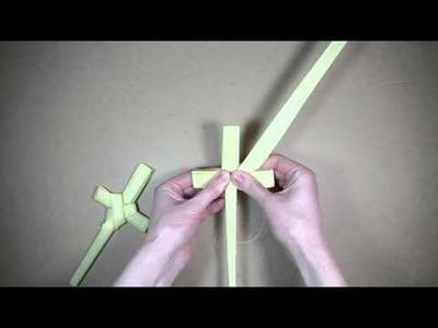 Palm folding: How to make a palm cross