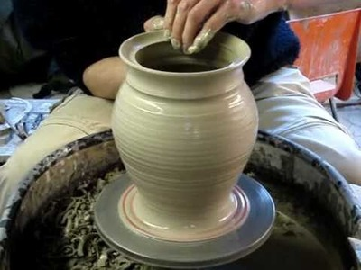 Making a clay pottery storage jar with lid on a potters wheel demo ingleton pottery how to