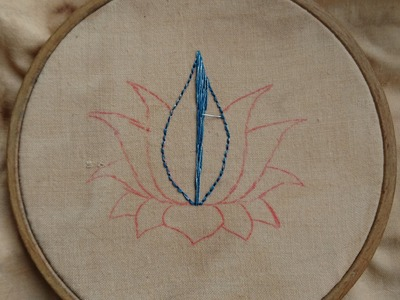 What Can I Sew in 20 Minutes? Lotus Flower Day 1