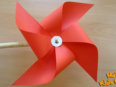 How to make a pinwheel that spins?