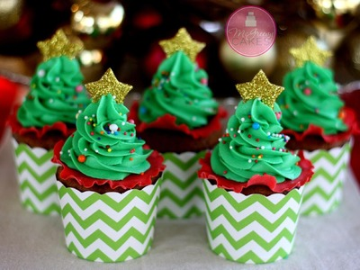 How to Make EASY Christmas Tree Cupcakes!