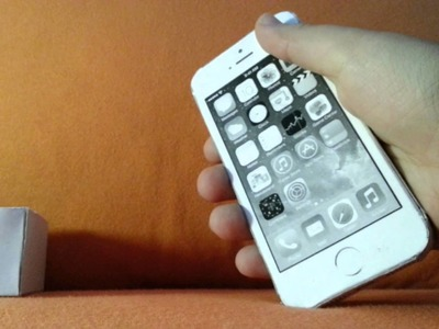 Papercraft iPhone 5S und 5C in Box
