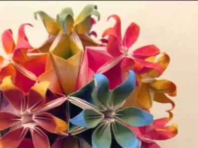 Beautiful Kusudama  ( origami modular )