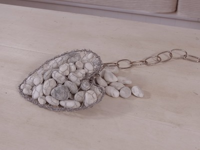 Hanging Rock Valentines Heart Arts & Crafts Tutorial