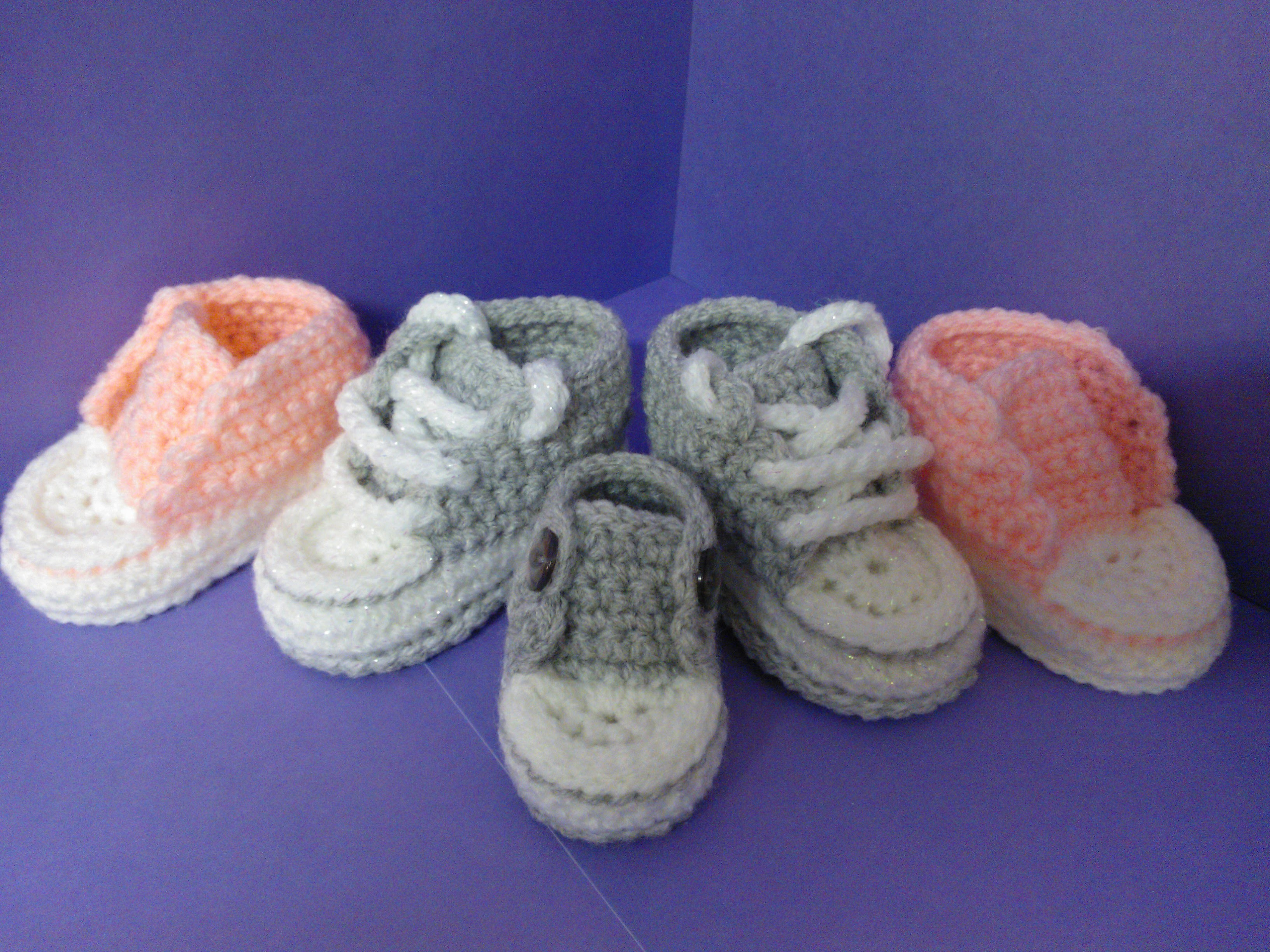 How to crochet My easy new born baby converse style slippers p5 with a little more crochet history
