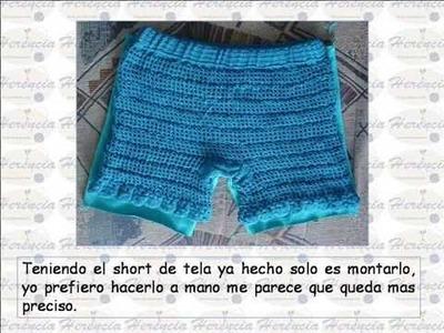 Short a crochet con holanes