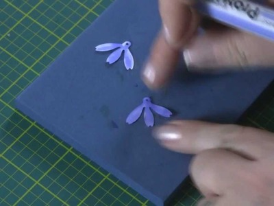 Making Harebell Flowers using the Petite Petals Dies