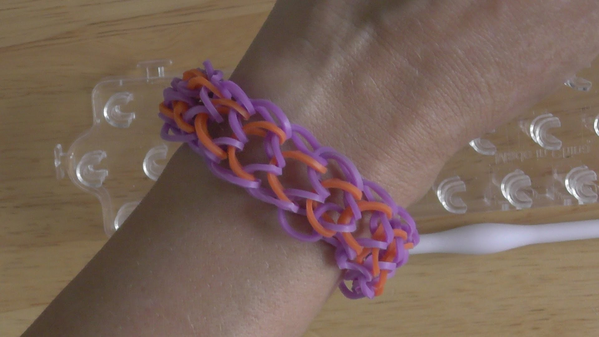 Chain Mail Loom Tutorial 4 Pegs by Kreative Krafts