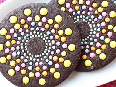 Rainbow Cookies - How to create a striking rainbow pattern on cookies