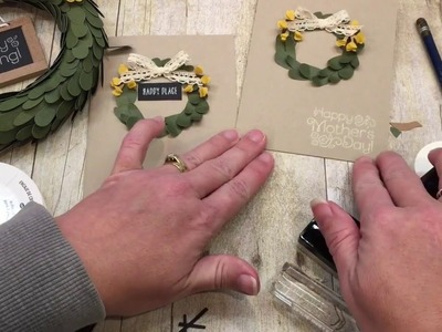 How to make a Wreath Card from April's Paper Pumpkin