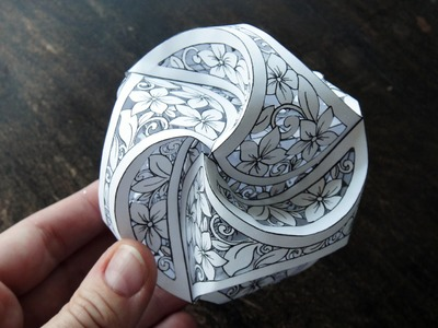 Hattifant - Triskele Paper Globes to PAPERCUT
