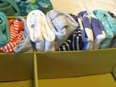 KonMari Method: Folding and Filing Baby Clothes (Cómo doblar ropa de bebé con el método konmari)