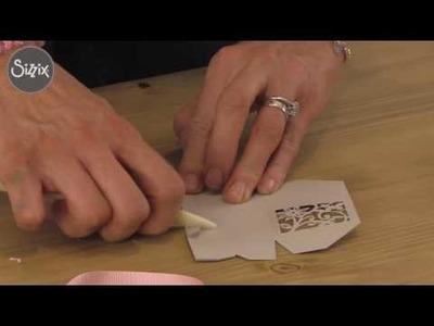 How to make a pretty petal box