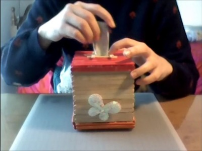 DIY - Popsicle stick piggy bank-easy open close lid