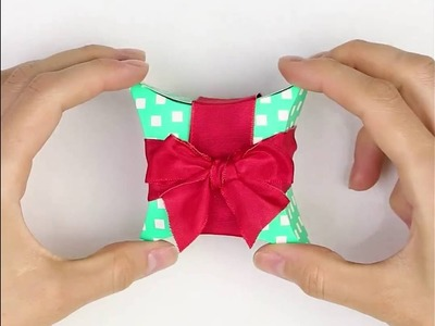How to make a gift box using a CD