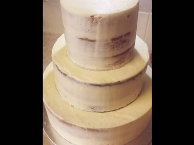 How to apply gold leaf to a buttercream cake