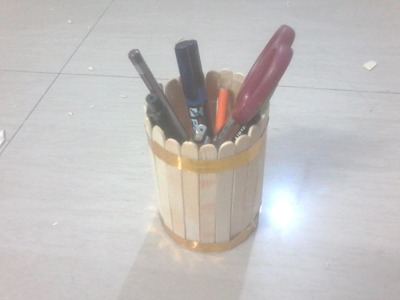 DIY: How to make pen stand (round shape) using Ice cream sticks. popsicle sticks & plastic bottle