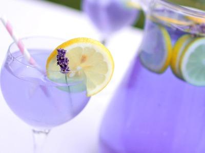 DIY: Luscious Lavender Lemonade