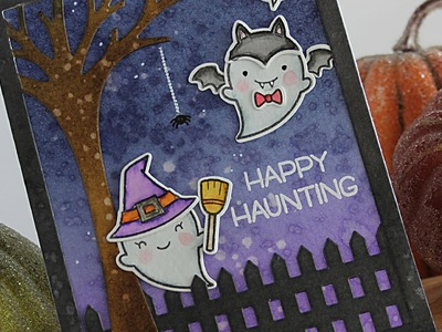 How to make a Halloween card with Distress Inks