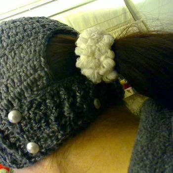 Crochet hat for ponytail hair