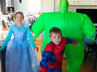 AWESOME HALLOWEEN COSTUMES!