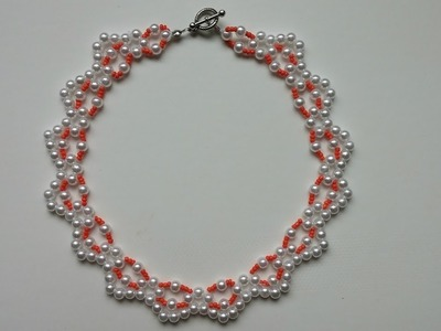 Easy  beaded  necklace for beginners.Pearl necklace