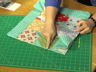 Quilting Quickly: Bow Tie Tote Bag - Easy Sewing Project