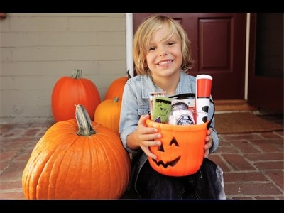 Pay It Forward With This Halloween Tradition | Find Your Happy