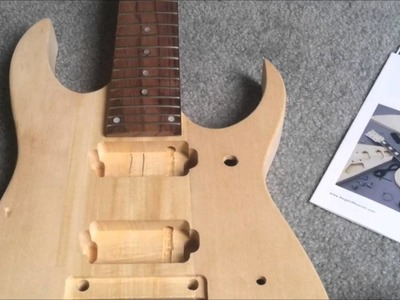 DIY 7 String guitar kit unboxing.review (Ibanez Style from bargainmusician.com)