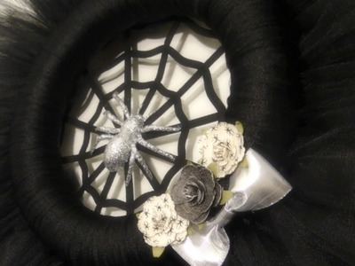 Halloween 2015: Tulle Spider Wreath