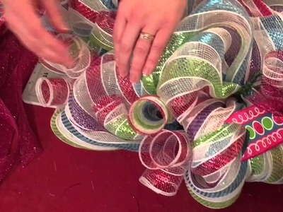How to make a mesh wreath Part 2