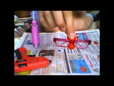 How to make some easy no sew things for your american girl dolls (glue gun.strong glue required)