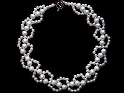 DIY elegant pearl (wedding) necklace . Beginners beaded necklace in less than 10 minutes