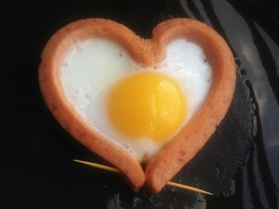 Heart shaped fried egg - Eggs with sausage