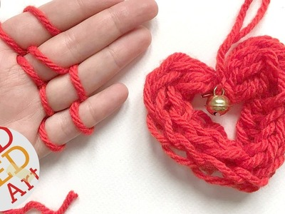 Easy Finger Knitting How To - DIY Heart Ornament - Christmas DIYs