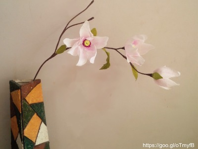 Magnolia flower with crepe paper _ craft tutorial