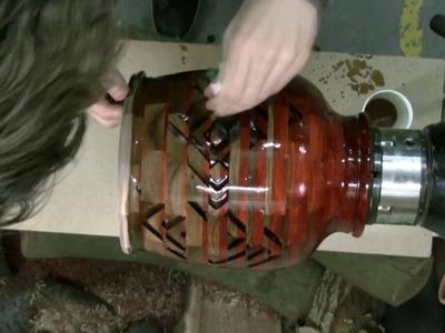 Woodturning - gradient bowl (short edit)