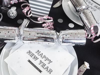 DIY : New Year's cracker table favour by Søstrene Grene