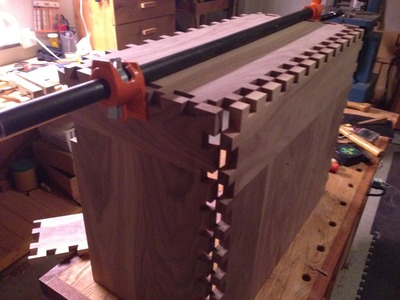 How to make a dovetail toolchest Part 3 (Dry Fit & Inner Dividers)