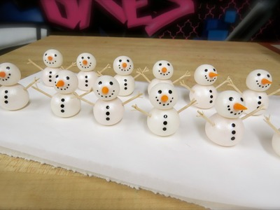 How To Make A Snowman Topper: the Krazy Kool Cakes Way!