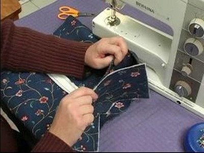 How to Sew a Zipper Backpack : How to Align the Bottom of a Zipper Backpack