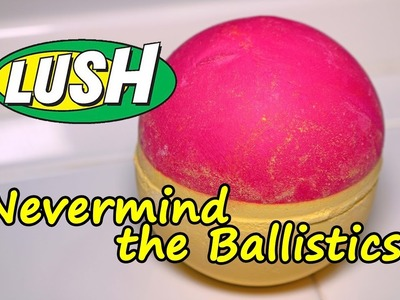 LUSH - Never Mind The Ballistics Bath Bomb - DEMO - Underwater View - Review Christmas 2016 Version