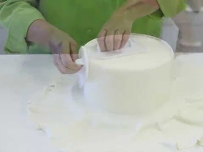 How To Cover A Styrofoam Cake With Fondant